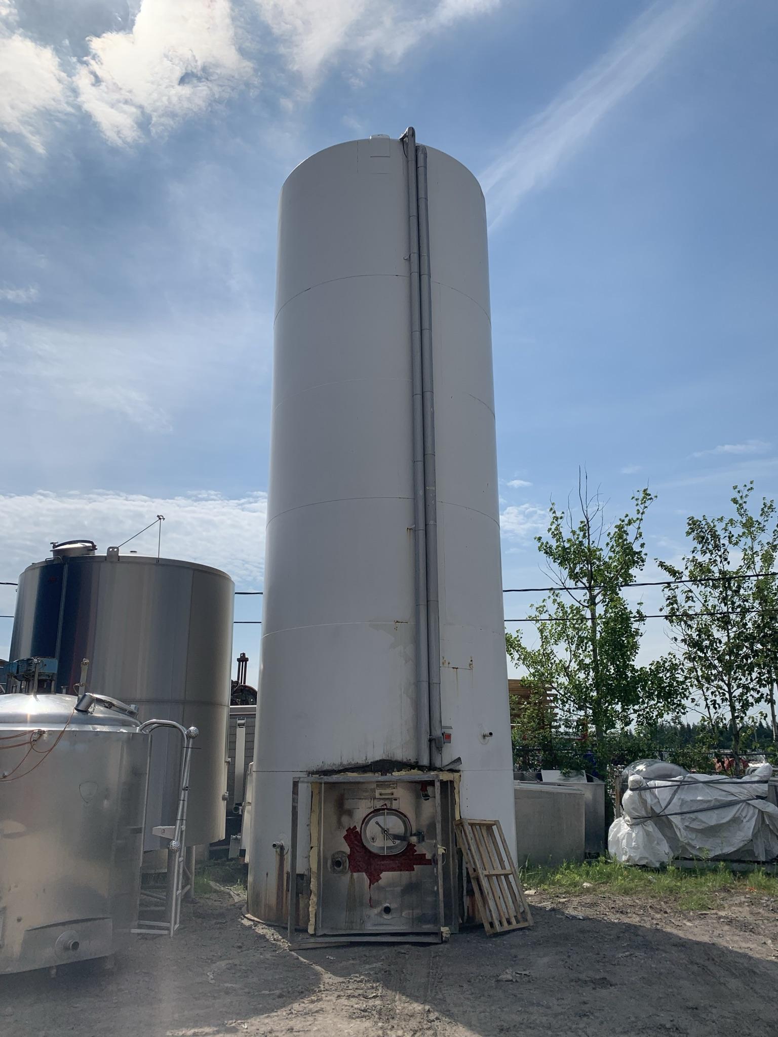 Silo 60000 litres extérieur acier blanc